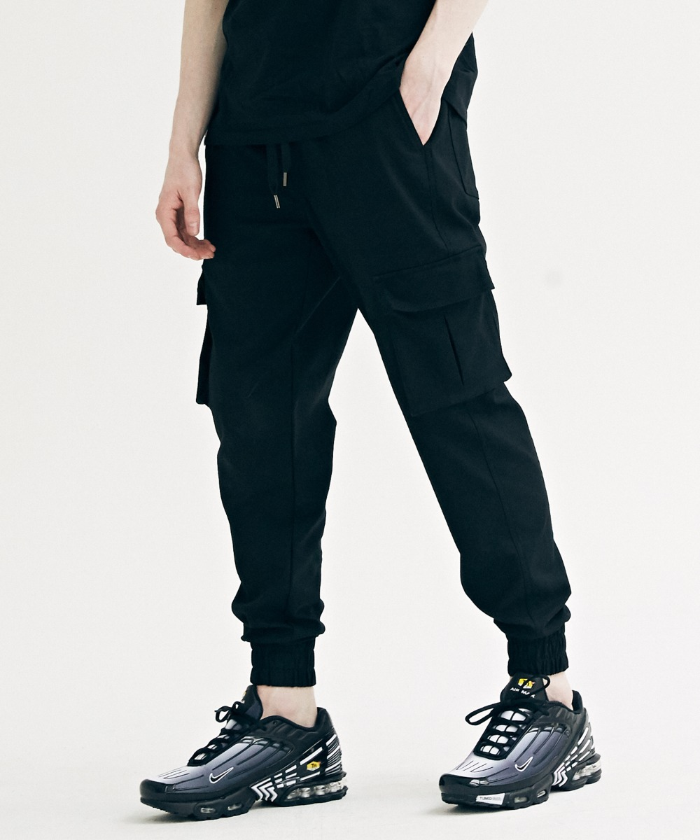 COMFORTABLE JOGGER PANTS (BLACK) [LROFCPJ751MBKA]